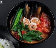 Том Ям с морепродуктами с рисом
