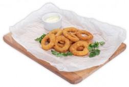 Луковые кольца с соусом тартар